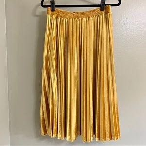A new day gold velvet skirt